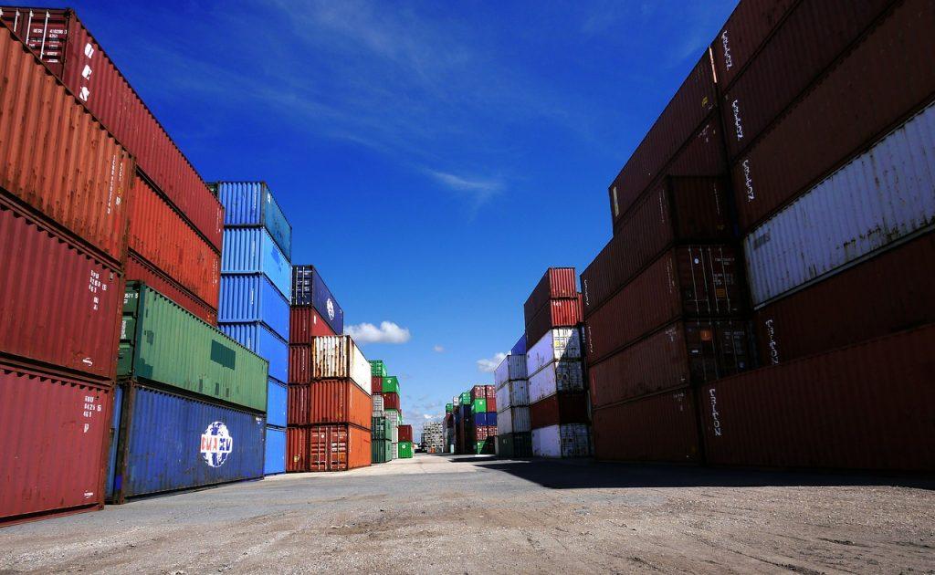 containers dans un port