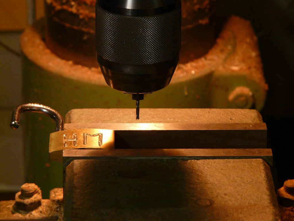 machine de gravure sur métal