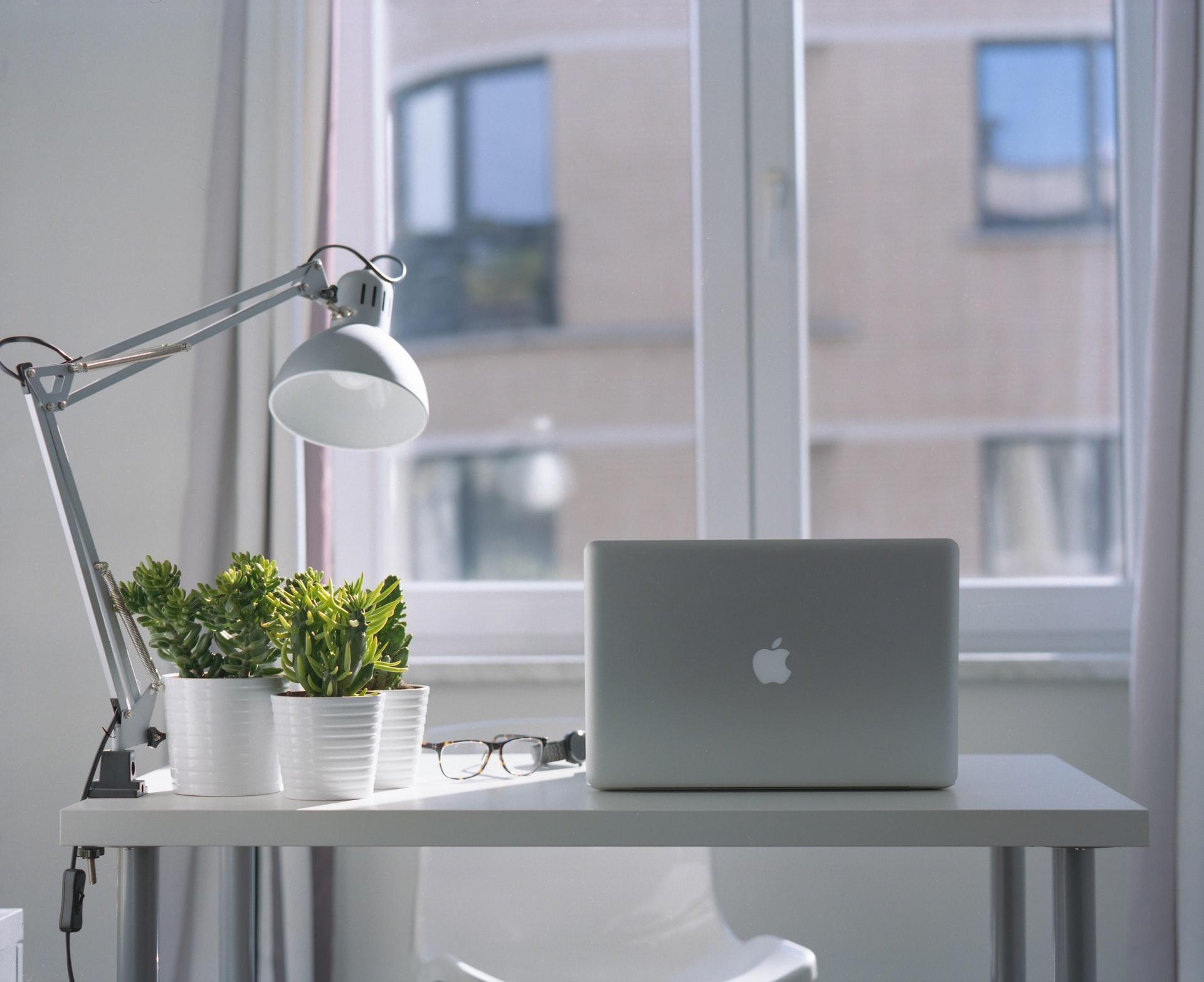 Comment choisir entre acheter ou louer son bureau professionnel?